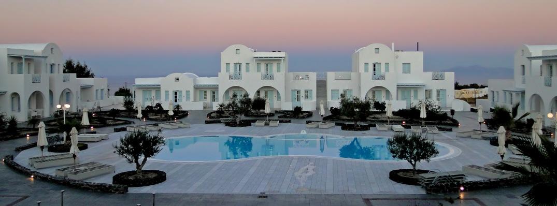 El_Greco_Hotel,_Fira.jpg