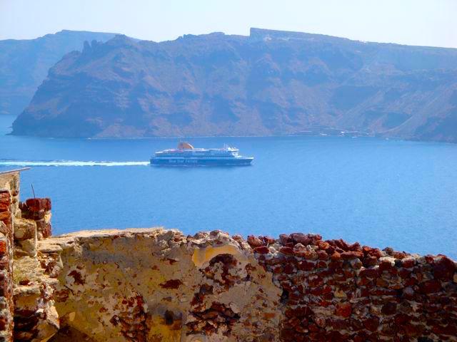 santorini-ferry.jpg