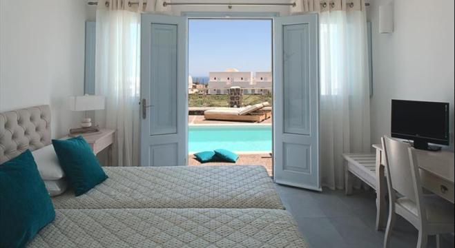 Santorini-fira-hotels-el-greco-villas-2.jpg